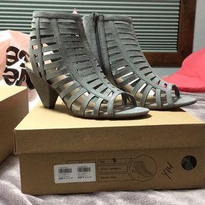 Gray Caged Heel!